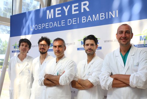 Foto dei chirurghi dell'unità di ricostruzione intestinale del Meyer